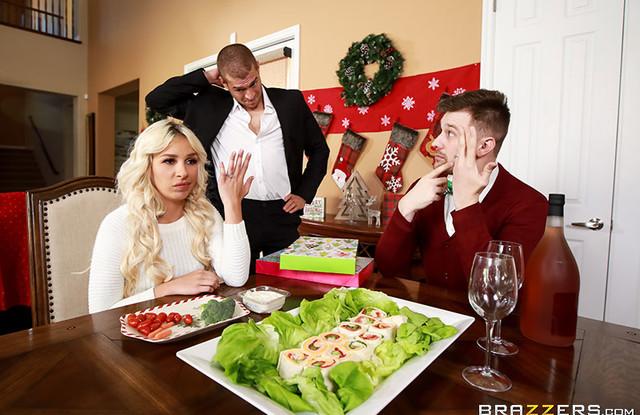 Поимел очаровательную жену своего брата на новый год